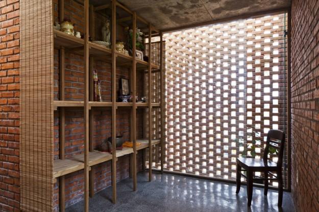 Termitary House / Tropical Space 21