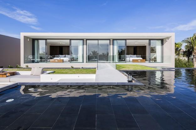 Naman Residences / MIA Design Studio 8997