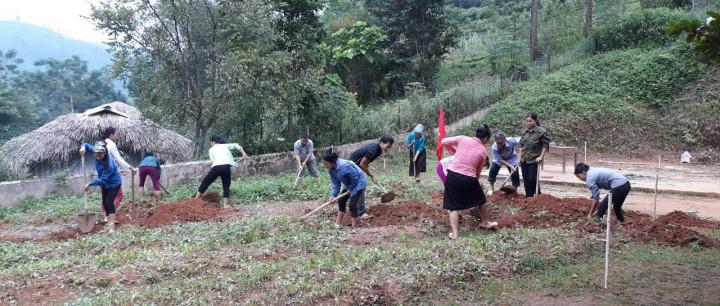 Chính quyền, cộng đồng địa phương, cha mẹ học sinh và đoàn thanh niên cùng tham gia đóng góp cho dự án