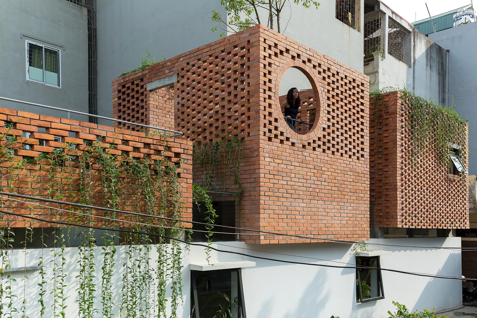 00 VH house_exterior_a03_sharper