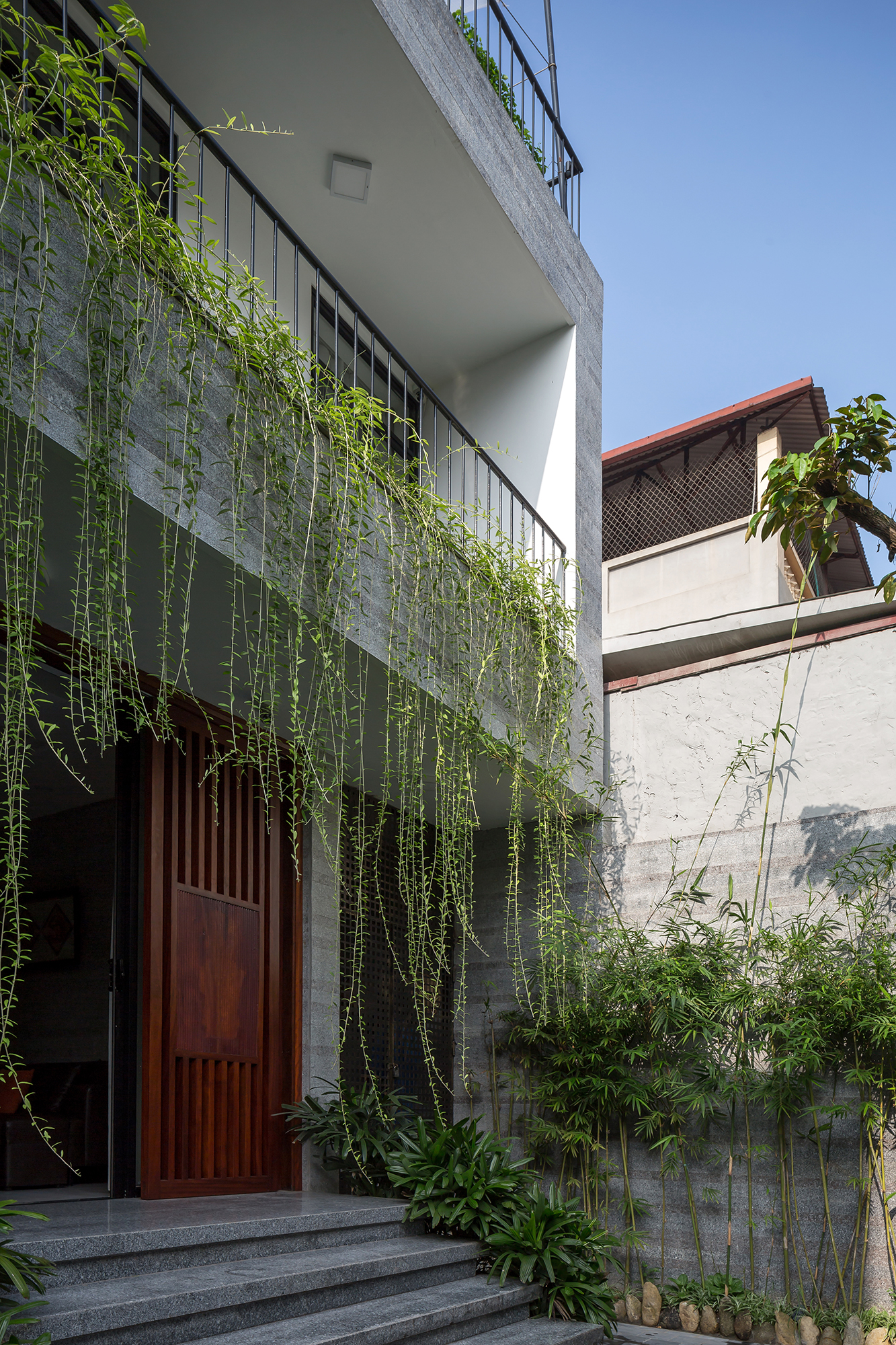 Dhouse_exterior_03