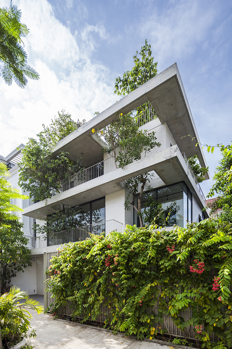 Stacked_Planters_House01