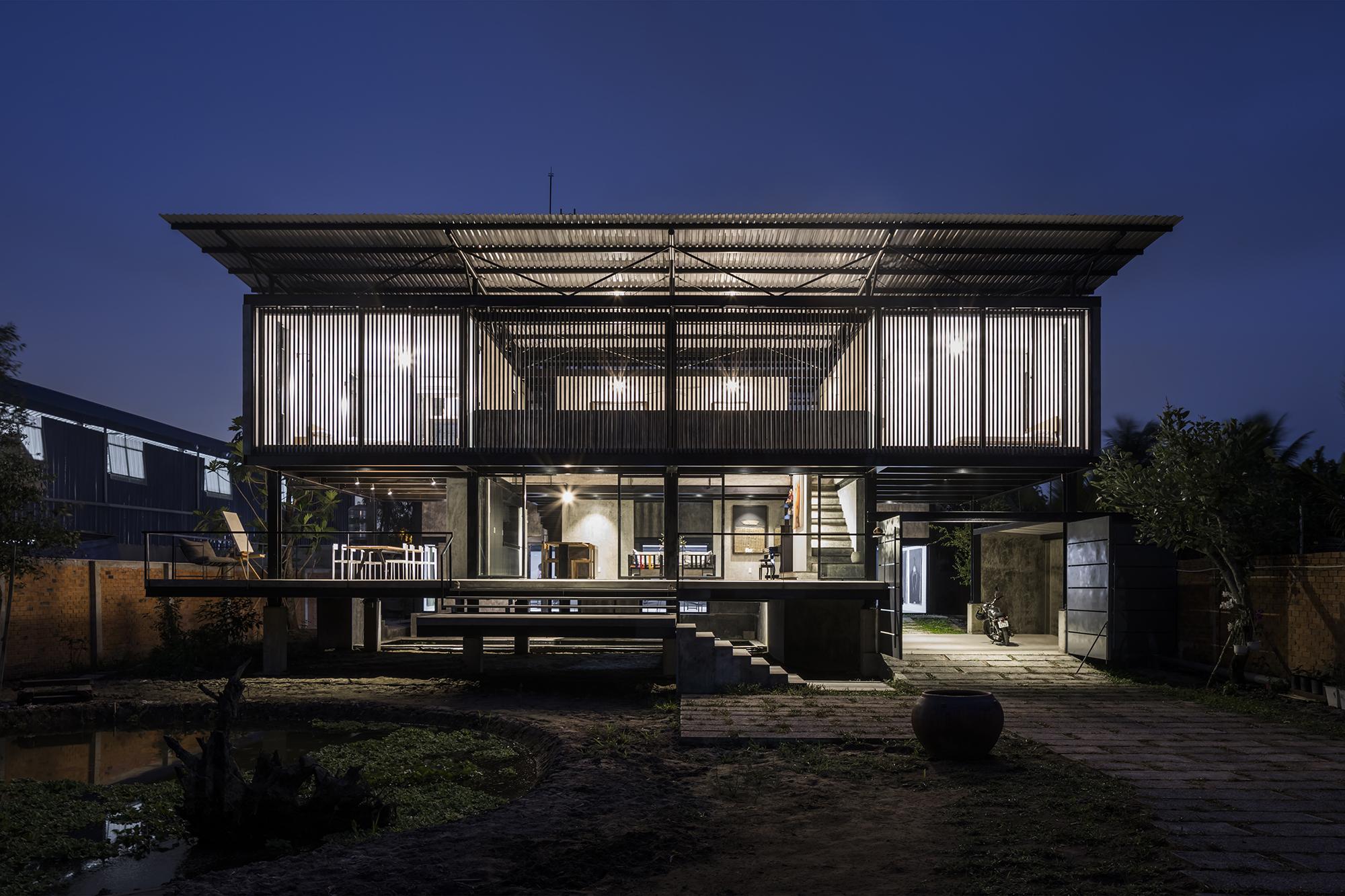 TA- HT house&studio.303b
