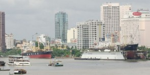 High-rises to berth in port sites