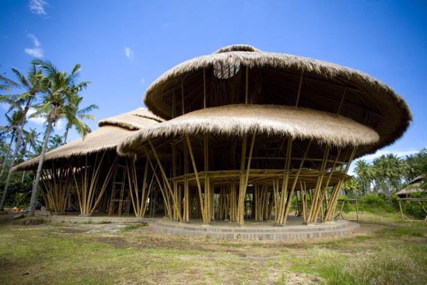 Ngôi trường đại học bằng tre ở Bali, Indonesia
