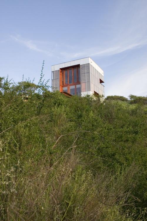 AATA_guesthouse02.jpg