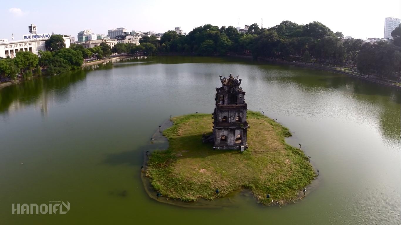 Một số hình ảnh Hồ Gươm và khu vực phụ cận từ dự án Hanoi Fly / Ashui.com triển lãm tại hội thảo: