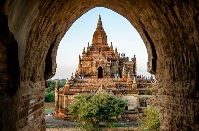 http://ashui.com/mag/images/stories/201504/Myanmar01.jpg