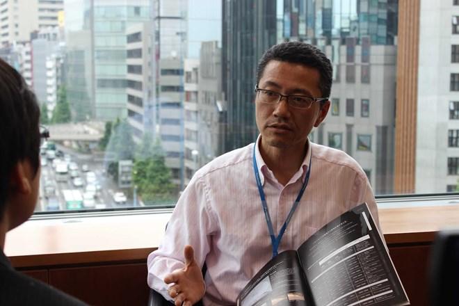Ông Tsukasa Mori, Trưởng phòng chiếu sáng EC Tokyo(Nguồn: Hữu Thắng/Vietnam+)