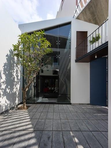 3houses19.jpg