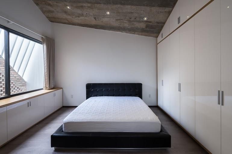 3houses38.jpg