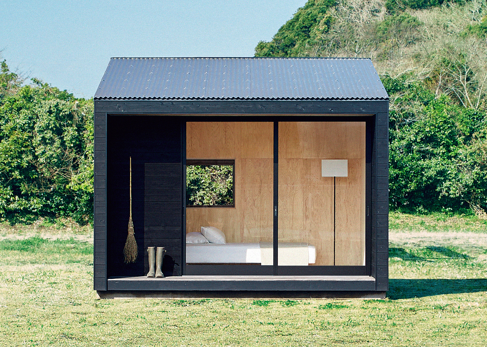 smallhouse2.jpg