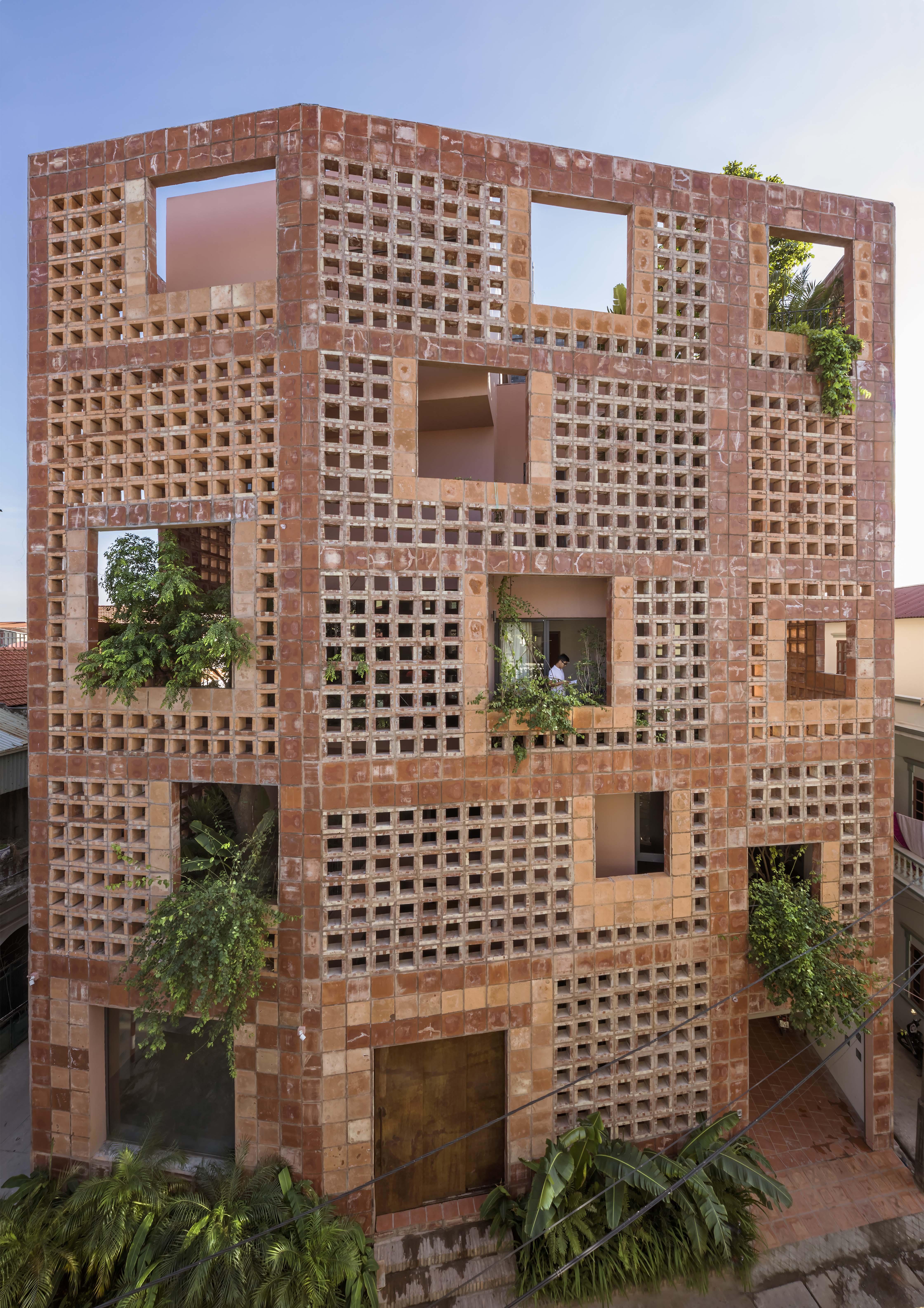 Battrang House02 - Bát Tràng House / thiết kế: VTN Architects