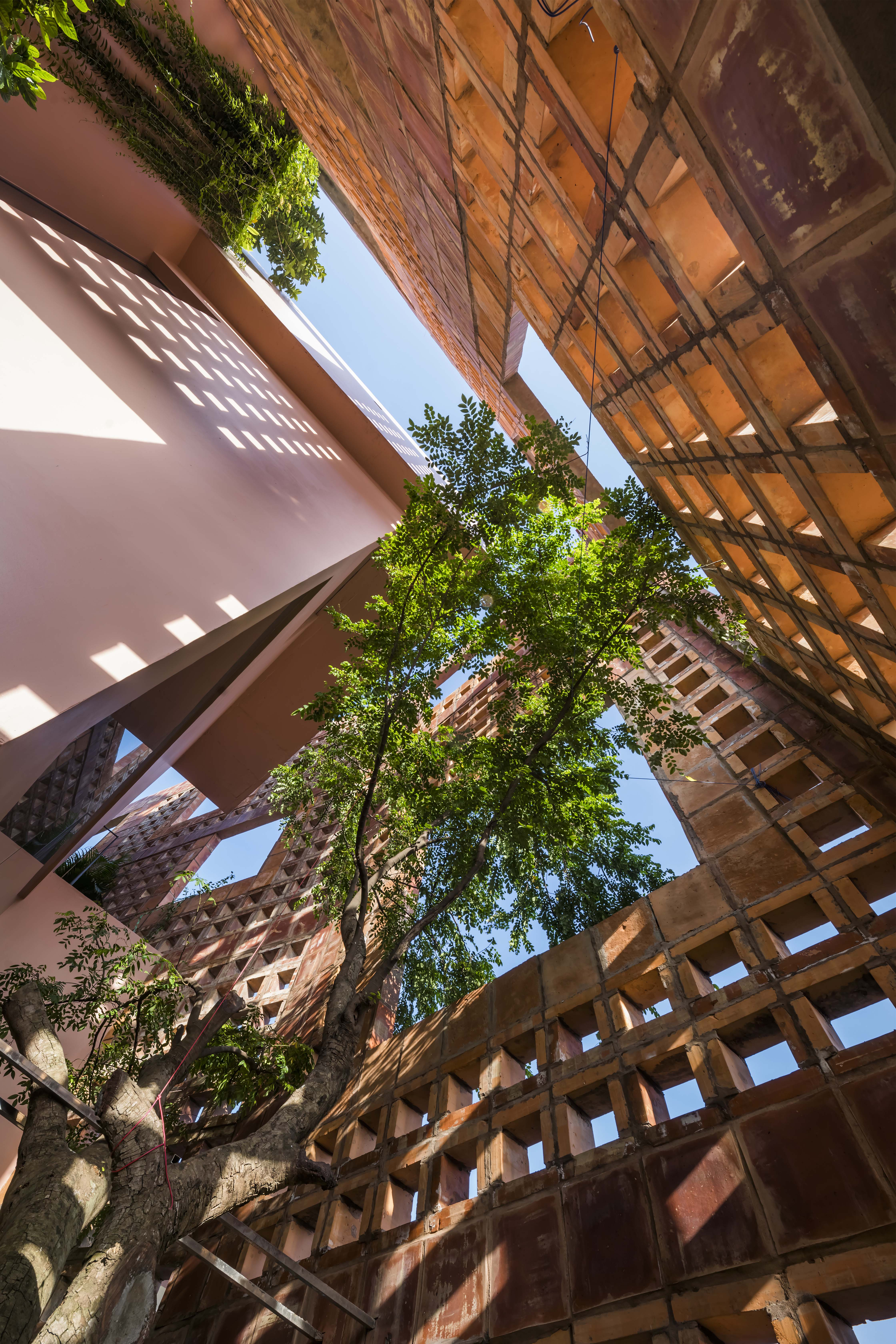 Battrang House06 - Bát Tràng House / thiết kế: VTN Architects