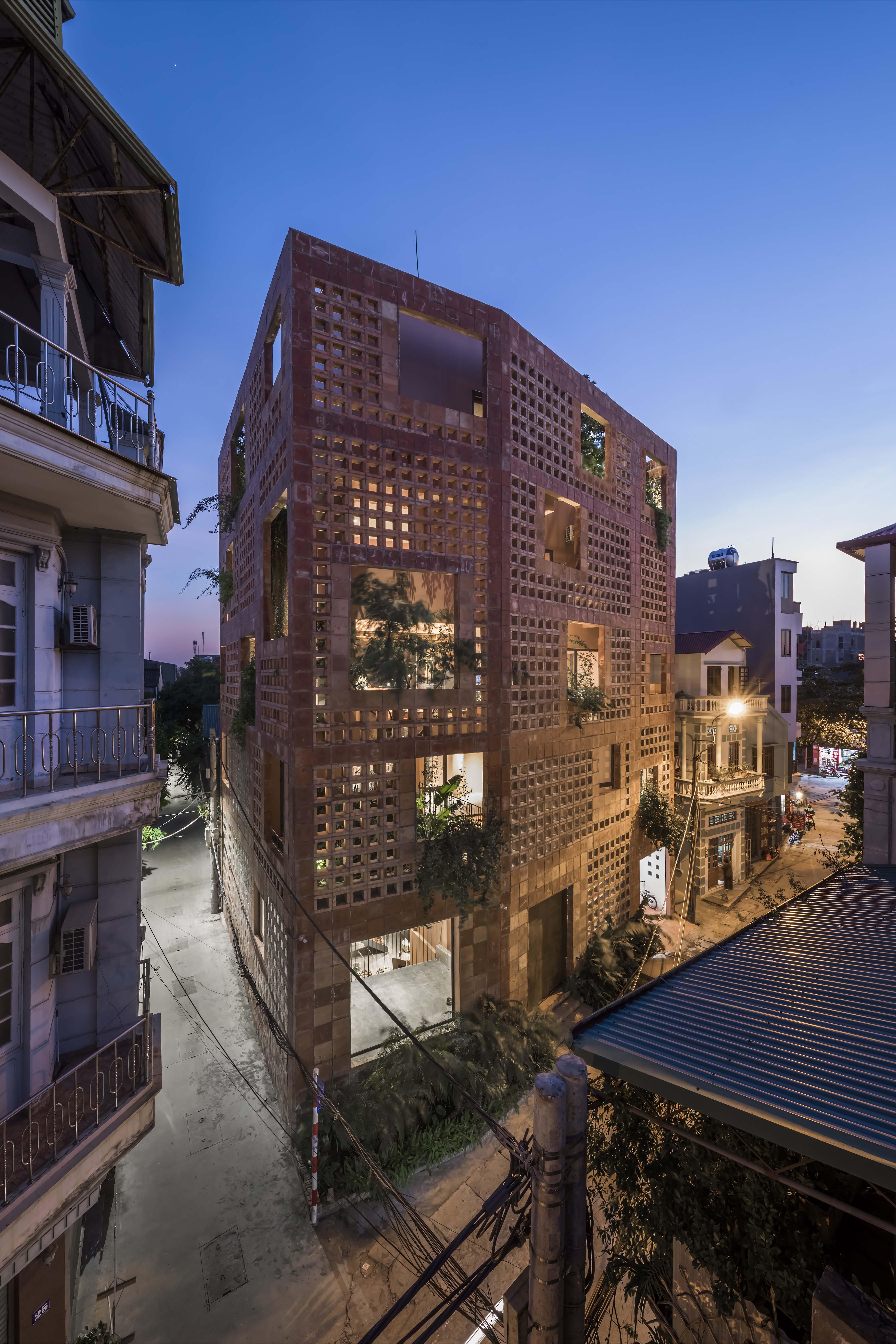 Battrang House20 - Bát Tràng House / thiết kế: VTN Architects